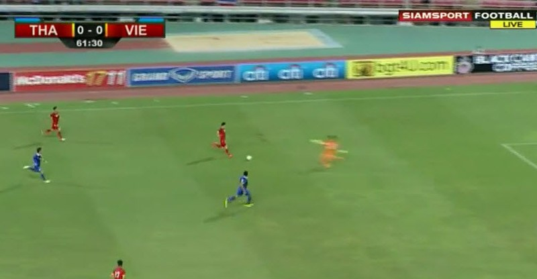 Thái Lan 1-0 Việt Nam: Siêu dự bị giải cứu Kiatisak - ảnh 4