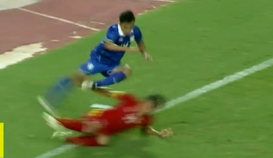 Thái Lan 1-0 Việt Nam: Siêu dự bị giải cứu Kiatisak - ảnh 16