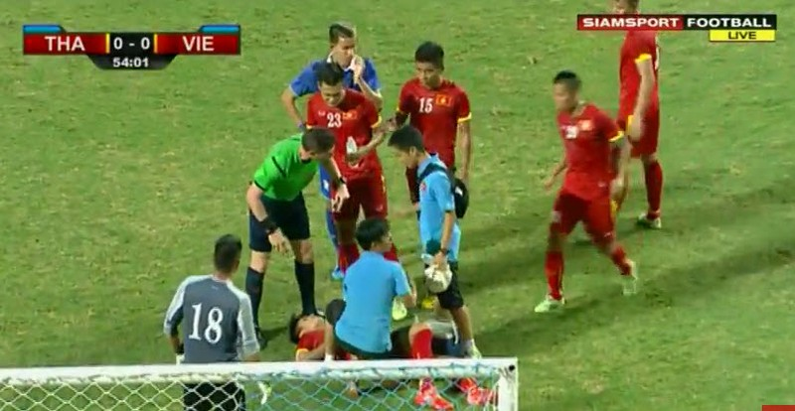 Thái Lan 1-0 Việt Nam: Siêu dự bị giải cứu Kiatisak - ảnh 14