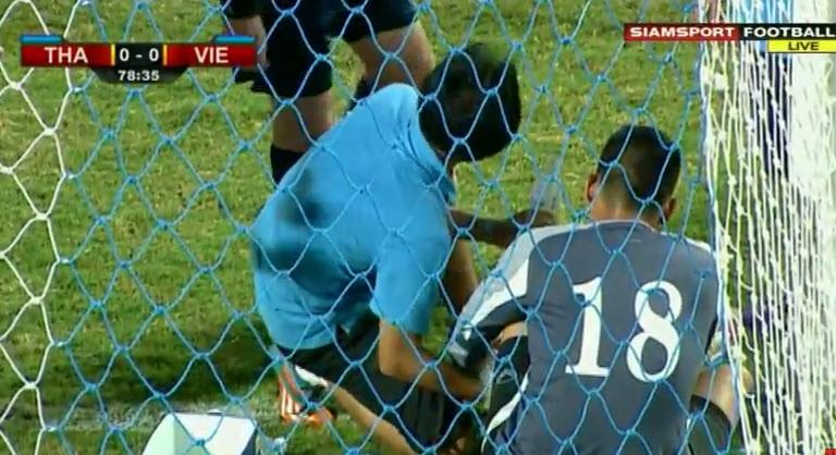 Thái Lan 1-0 Việt Nam: Siêu dự bị giải cứu Kiatisak - ảnh 11