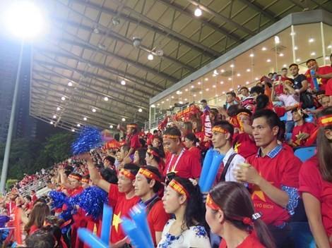 Rộn ràng Bishan trước trận 'tử chiến' U23 Việt Nam - U23 Malaysia - ảnh 7