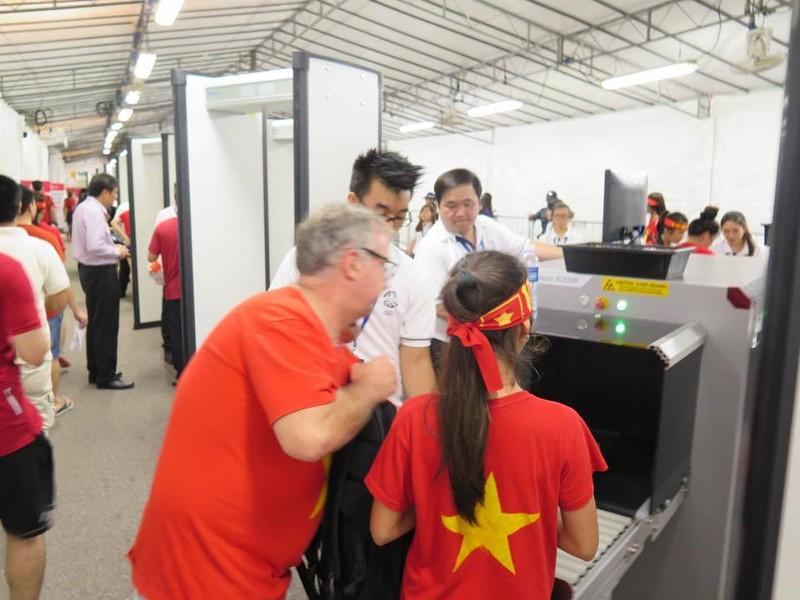 Rộn ràng Bishan trước trận 'tử chiến' U23 Việt Nam - U23 Malaysia - ảnh 4
