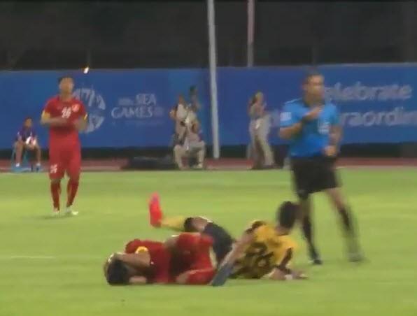 Công Phượng tỏa sáng, U23 Việt Nam đè bẹp U23 Malaysia - ảnh 20