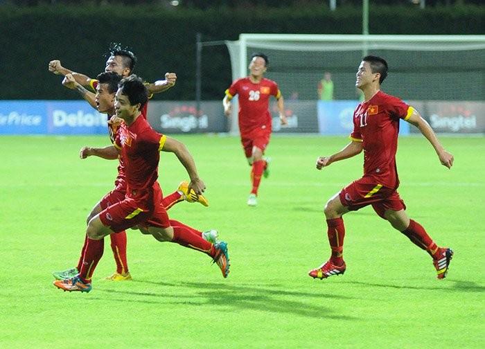 Bầu Đức, Công Phượng, U23 Việt Nam, Miura