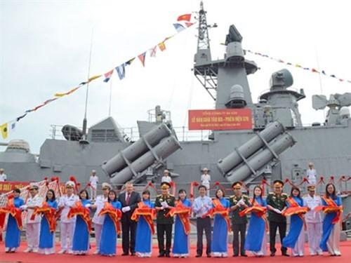 Bàn giao cặp tàu tên lửa hiện đại cho Quân chủng Hải quân - ảnh 1