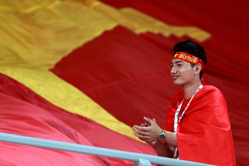 Vất vả vượt qua U23 Lào, U23 Việt Nam đòi lại ngôi đầu bảng - ảnh 16