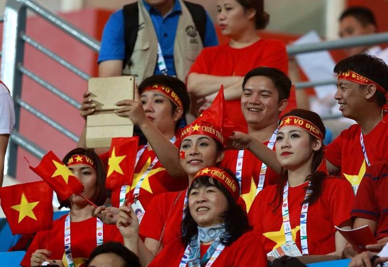 Vất vả vượt qua U23 Lào, U23 Việt Nam đòi lại ngôi đầu bảng - ảnh 17