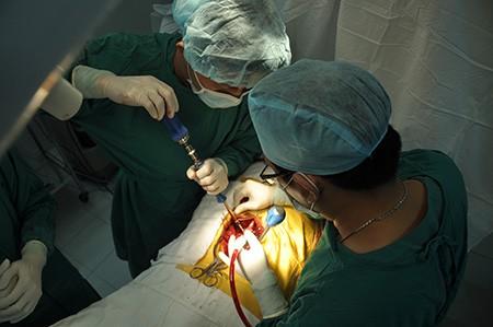 Tiến sĩ bác sĩ về Ninh Thuận được trợ cấp 250 triệu đồng - ảnh 1