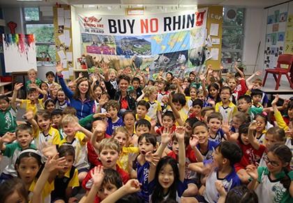 Hai cô gái Nam Phi đạp xe đến Việt Nam vì tê giác - ảnh 2