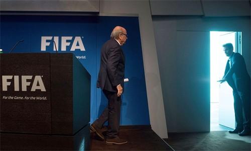 Blatter-2-3501-1434327826.jpg