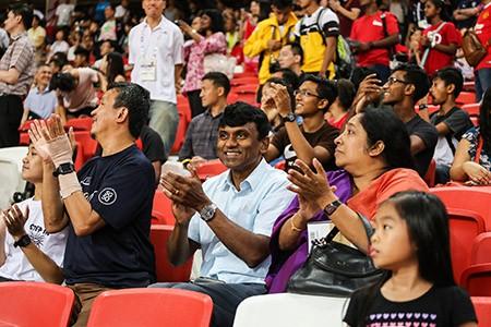 Tiếng vỗ tay trên sân vận động quốc gia Singapore - ảnh 3