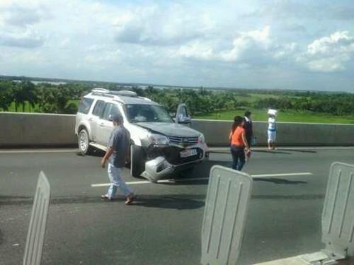 Xe mất thắng tông hàng loạt ôtô tại cao tốc Long Thành - Dầu Giây - ảnh 1