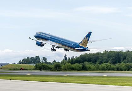 Vietnam Airlines tổ chức 2 chuyến bay miễn phí cho khách hàng - ảnh 1