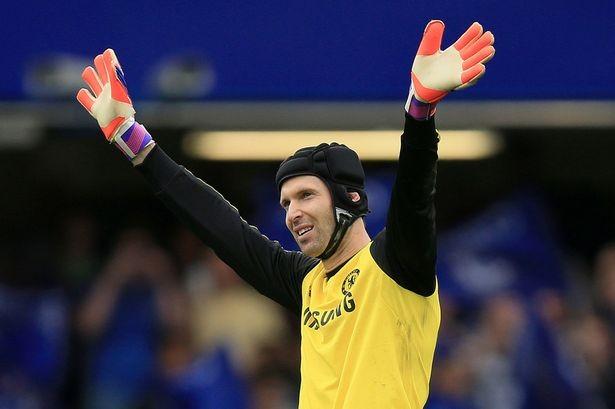 Petr Cech là thủ môn hưởng lương cao nhất lịch sử Arsenal - ảnh 1