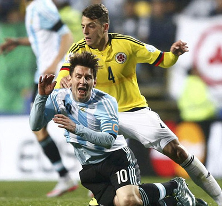 Argentina vào bán kết, Messi viết tiếp giấc mơ vô địch - ảnh 1