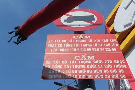 Xe ben, xe bồn, container ngang nhiên đi vào đường cấm - ảnh 2