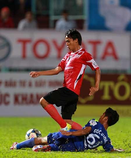 Vòng 16 Toyota V-League: Hơi nóng sau gáy - ảnh 1