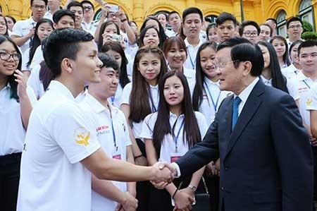 Thanh niên kiều bào là cầu nối Việt Nam với thế giới - ảnh 1
