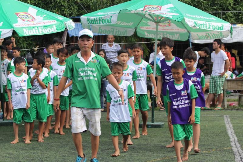 Học viện bóng đá NutiFood: 77 thí sinh vào vòng chung kết - ảnh 3