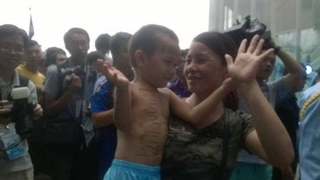 Cổ động viên Việt Nam háo hức chờ thần tượng Manchester City - ảnh 11