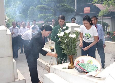 Trồng hơn 5.600 cây xanh ở Ngã ba Đồng Lộc - ảnh 1