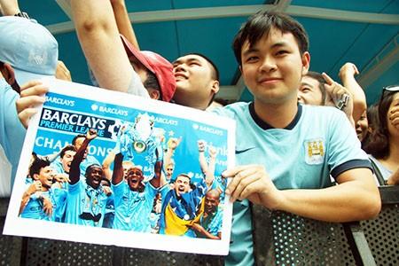 Cổ động viên Việt Nam háo hức chờ thần tượng Manchester City - ảnh 5
