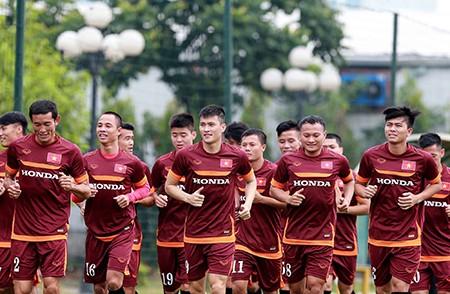 Chùm ảnh cầu thủ Việt Nam, Man City tập luyện cho trận đấu tối nay - ảnh 6