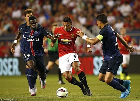 M.U 0-2 PSG: Hàng thủ 'mơ ngủ', M.U ôm hận - ảnh 4