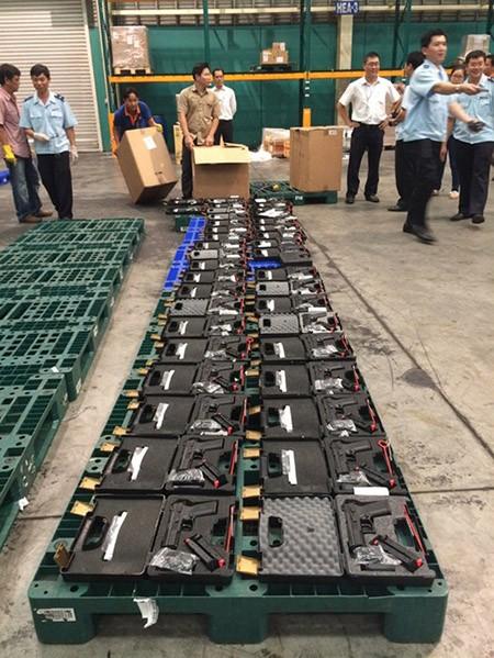 Thứ trưởng Bộ Công an chỉ đạo mở rộng điều tra vụ vũ khí 'khủng' vào Việt Nam - ảnh 1