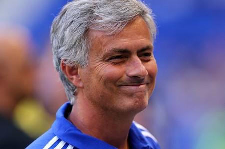 Ông chủ Chelsea chi tiền 'tấn' mua cầu thủ: Mourinho 'há miệng mắc quai' - ảnh 1