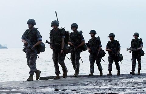 Triều Tiên triển khai 20 tàu đệm khí  - ảnh 1