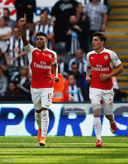 Newcastle 0-1 Arsenal: Chiến thắng may mắn - ảnh 2
