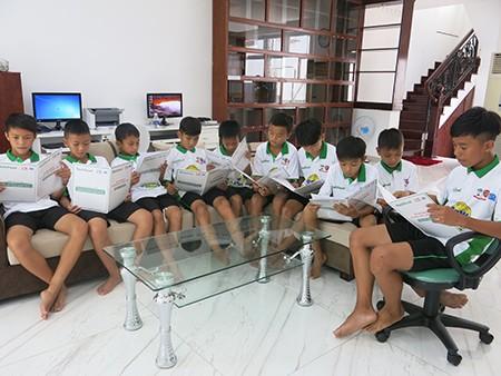 Học viện bóng đá NutiFood đã khai giảng khóa đầu tiên - ảnh 1
