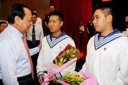 TP.HCM: Hơn 1.200 thanh niên tình nguyện nhập ngũ  - ảnh 2
