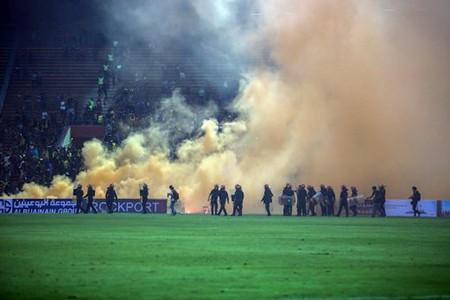 CĐV làm loạn, Malaysia đối mặt án phạt nặng của FIFA - ảnh 6