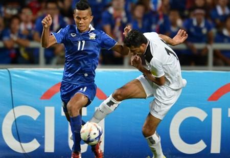 CĐV làm loạn, Malaysia đối mặt án phạt nặng của FIFA - ảnh 2