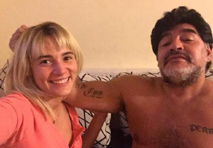 Cậu bé vàng Maradona lại… cưới vợ - ảnh 1
