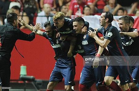 Atletico  Madrid - Barcelona: Nhà vô địch đối đầu cựu vô địch - ảnh 1