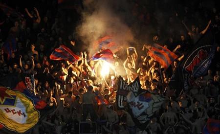 Champions League vào cuộc: Gay cấn ngay từ vòng đầu - ảnh 1