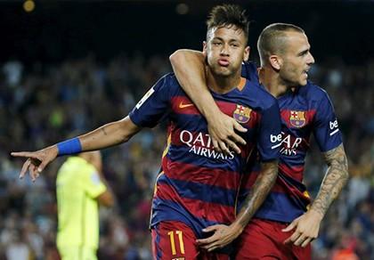 Siêu sao Barcelona tiết lộ được M.U theo đuổi - ảnh 1