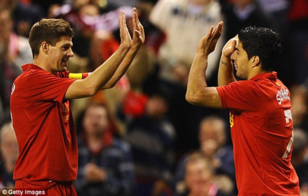 Real Madrid 'xúi' Steven Gerrard làm loạn ở Liverpool - ảnh 1