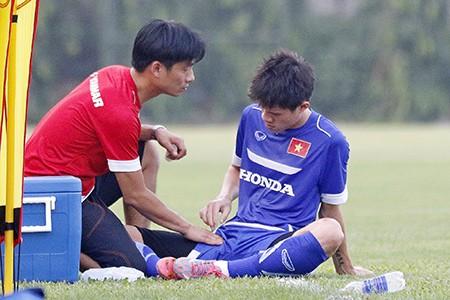 Chùm ảnh tuyển Việt Nam tập luyện chuẩn bị 'đấu' Thái Lan - ảnh 14