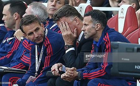 Arsenal 3-0 M.U: 'Pháo thủ' bắn nát bầy 'quỷ đỏ' - ảnh 3