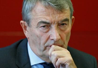 Vụ mua phiếu đăng cai World Cup 2006: Chủ tịch LĐBĐ Đức đuối lý - ảnh 1