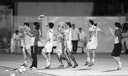 Đội nữ TP.HCM vô địch giải bóng đá quốc tế mở rộng - ảnh 9