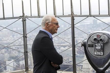 Chủ tịch LĐBĐ Đức từ chức: Beckenbauer chịu áp lực lớn - ảnh 1