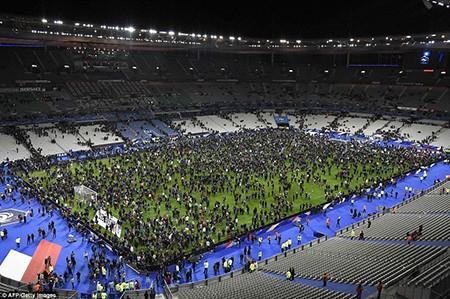 Khủng bố ở Paris: Cảnh sát đã biết trước nhưng vụ xả súng vẫn xảy ra? - ảnh 3