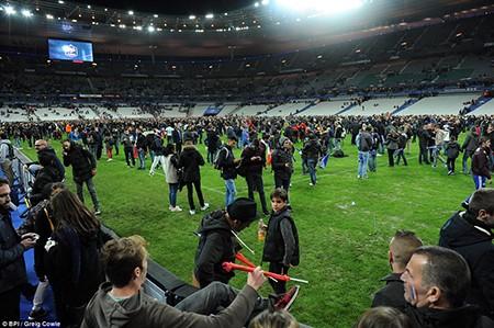 Khủng bố ở Paris: Cảnh sát đã biết trước nhưng vụ xả súng vẫn xảy ra? - ảnh 5