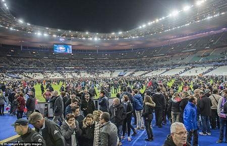 Khủng bố ở Paris: Cảnh sát đã biết trước nhưng vụ xả súng vẫn xảy ra? - ảnh 4