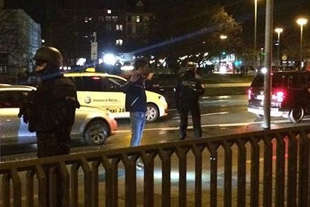 Chùm ảnh nước Đức báo động vì bị đe dọa khủng bố - ảnh 11